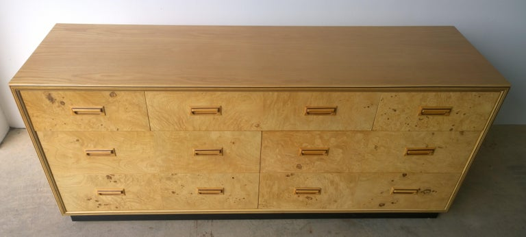 Henredon Dresser with an Oak Case, Burl Olive Drawers and Macassar Ebony Inlays For Sale 2