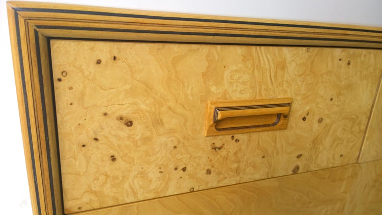 Henredon Dresser with an Oak Case, Burl Olive Drawers and Macassar Ebony Inlays For Sale 9