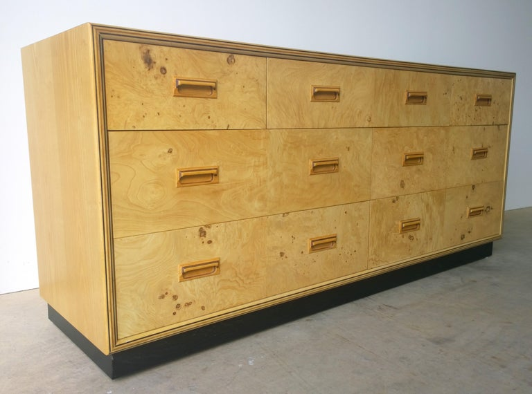Mid-Century Modern Henredon Dresser with an Oak Case, Burl Olive Drawers and Macassar Ebony Inlays For Sale