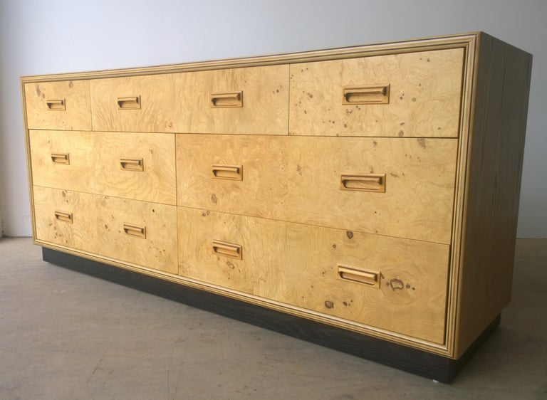 American Henredon Dresser with an Oak Case, Burl Olive Drawers and Macassar Ebony Inlays For Sale