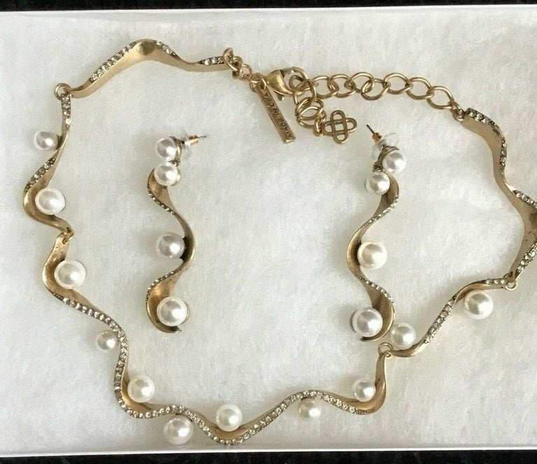 Mixed Cut Signed Oscar de la Renta Faux Pearl and Crystal Designer Necklace and Earrings  For Sale
