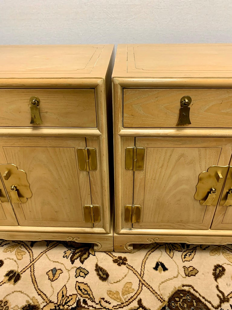 Late 20th Century Signed Ray Sabota for Century Furniture Pair of Nightstands End Tables For Sale