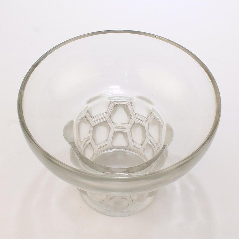 Signed Rene Lalique Art Deco Period Beautreillis Art Glass Vase In Good Condition For Sale In Philadelphia, PA