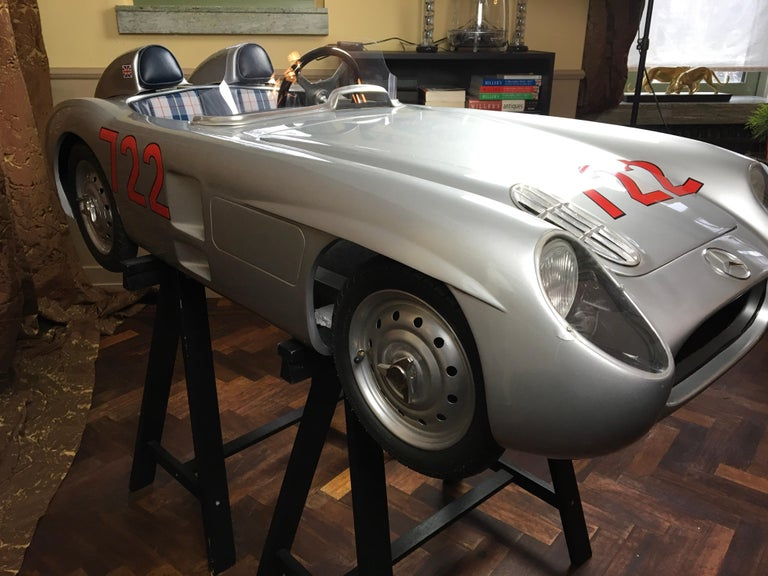 1/2 Scale Mercedes-Benz 300 SLR 722 Junior Car, Signed by Sir Sterling Moss  For Sale 8