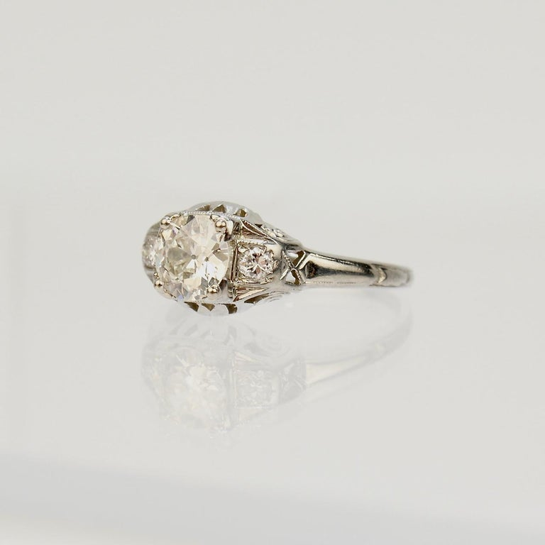 Traub Orange Blossom Art Deco 18 Karat Gold and Diamond Engagement Ring In Good Condition For Sale In Philadelphia, PA