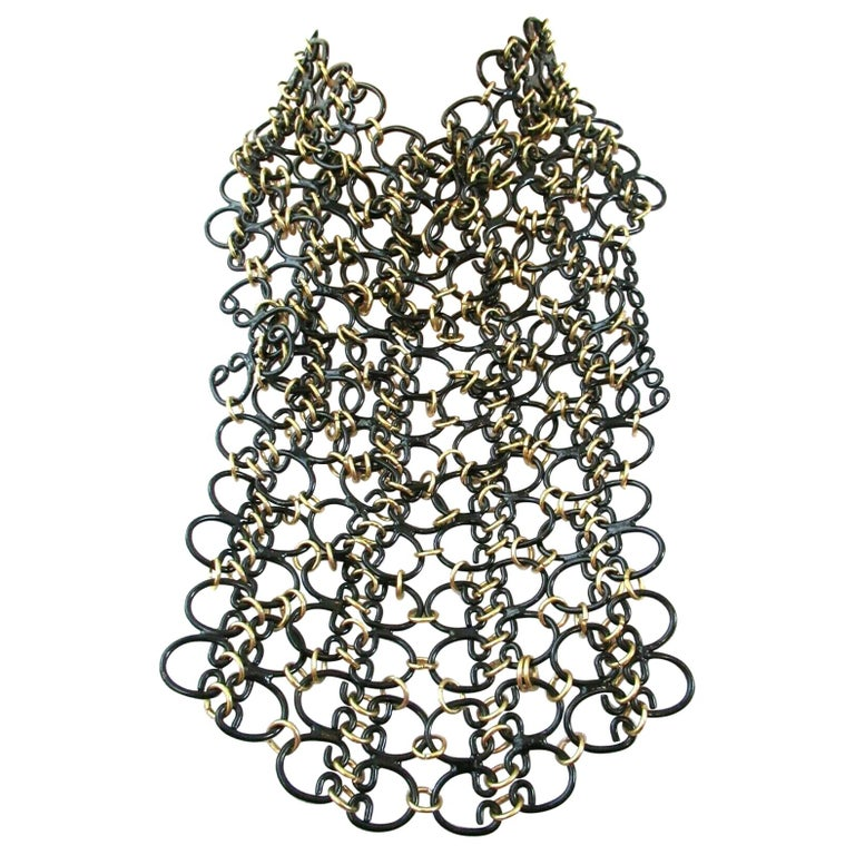 Signed VALENTINO Designer Black and Golden Link Chain Bib Necklace Italy For Sale