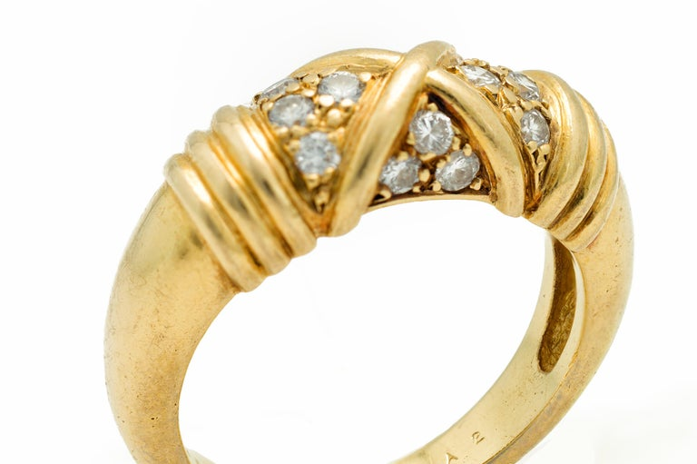 Round Cut Signed Van Cleef & Arpels Diamond Band Ring in 18 Karat Yellow Gold For Sale