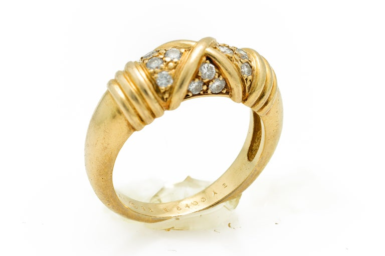 Signed Van Cleef & Arpels Diamond Band Ring in 18 Karat Yellow Gold In Good Condition For Sale In Miami, FL