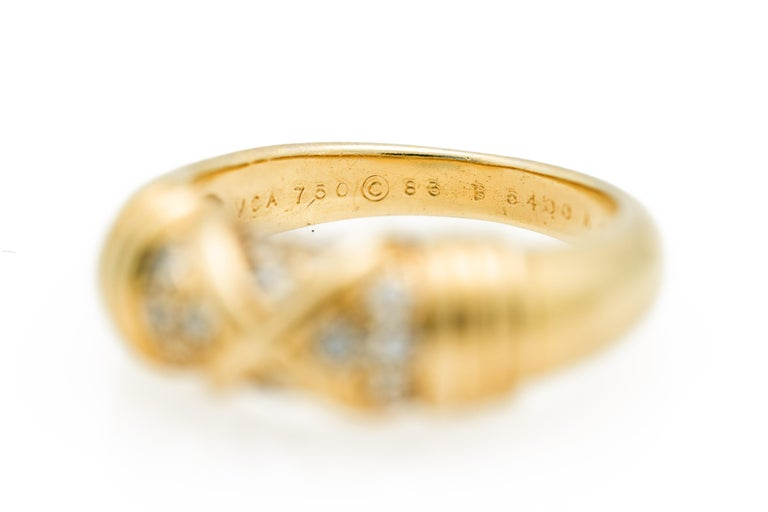 Signed Van Cleef & Arpels Diamond Band Ring in 18 Karat Yellow Gold For Sale 2