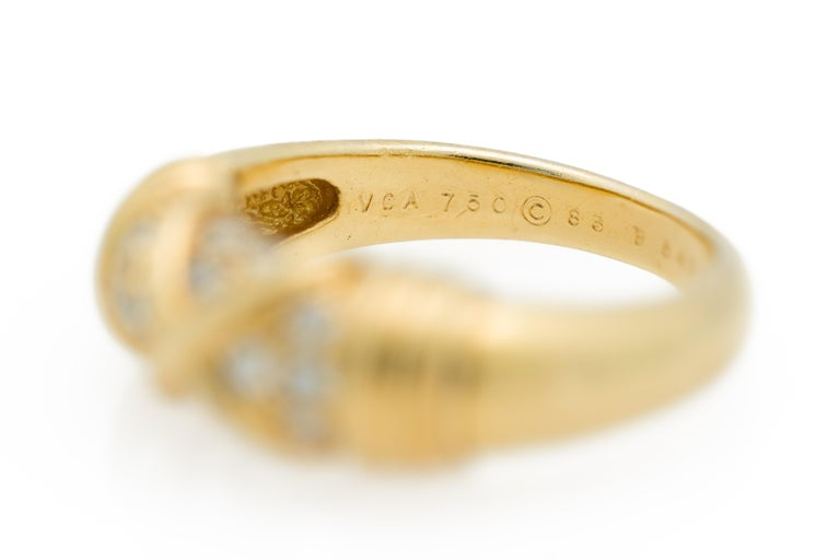 Signed Van Cleef & Arpels Diamond Band Ring in 18 Karat Yellow Gold For Sale 3