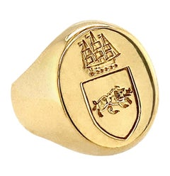 Signet Ring with Wild Boar Passant & Three-Masted Ship in 18 Karat Yellow Gold