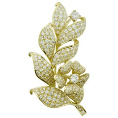 Significant Diamond Flower Brooch 7.65 Carat