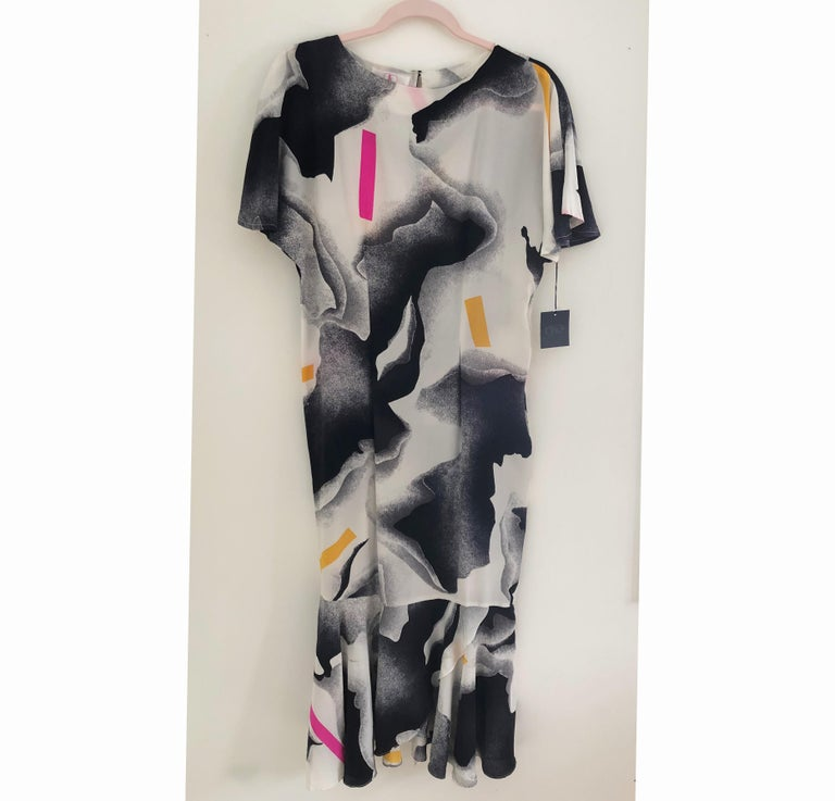 Silk crepe Flora Kung NWT cocktail black white neon mermaid long dress  In New Condition For Sale In Boston, MA