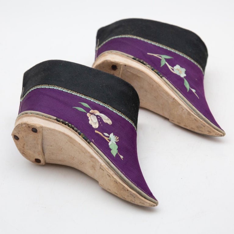 20th Century Silk Embroidered Chinese Bound Foot Shoes For Sale