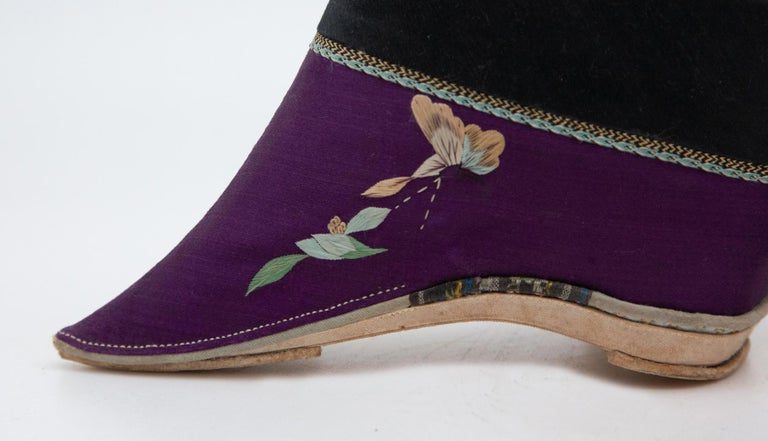 Silk Embroidered Chinese Bound Foot Shoes For Sale 1
