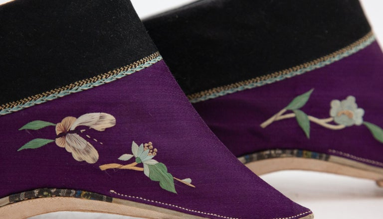 Silk Embroidered Chinese Bound Foot Shoes For Sale 4