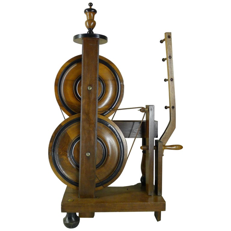Silk Spinning Wheel, 18th Century For Sale