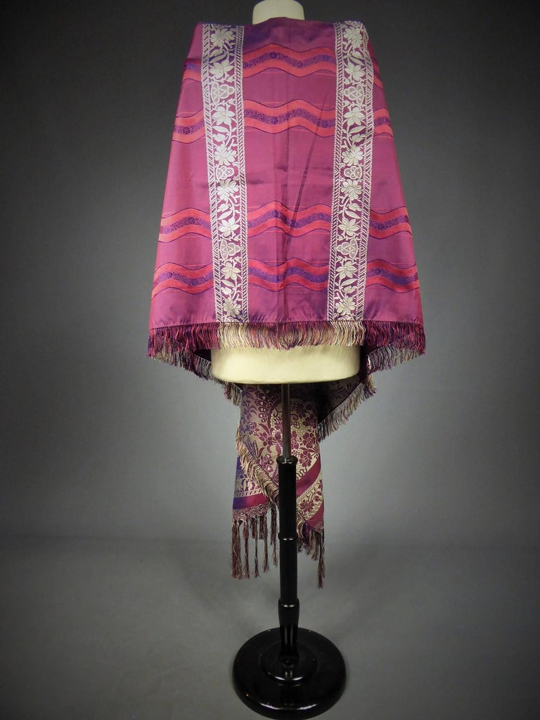 19th century Silk Stole With Lace design, Lyon France   For Sale 5