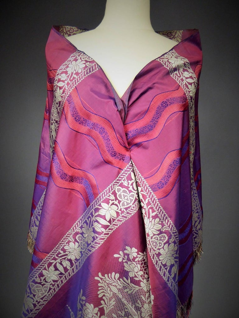 19th century Silk Stole With Lace design, Lyon France   For Sale 6