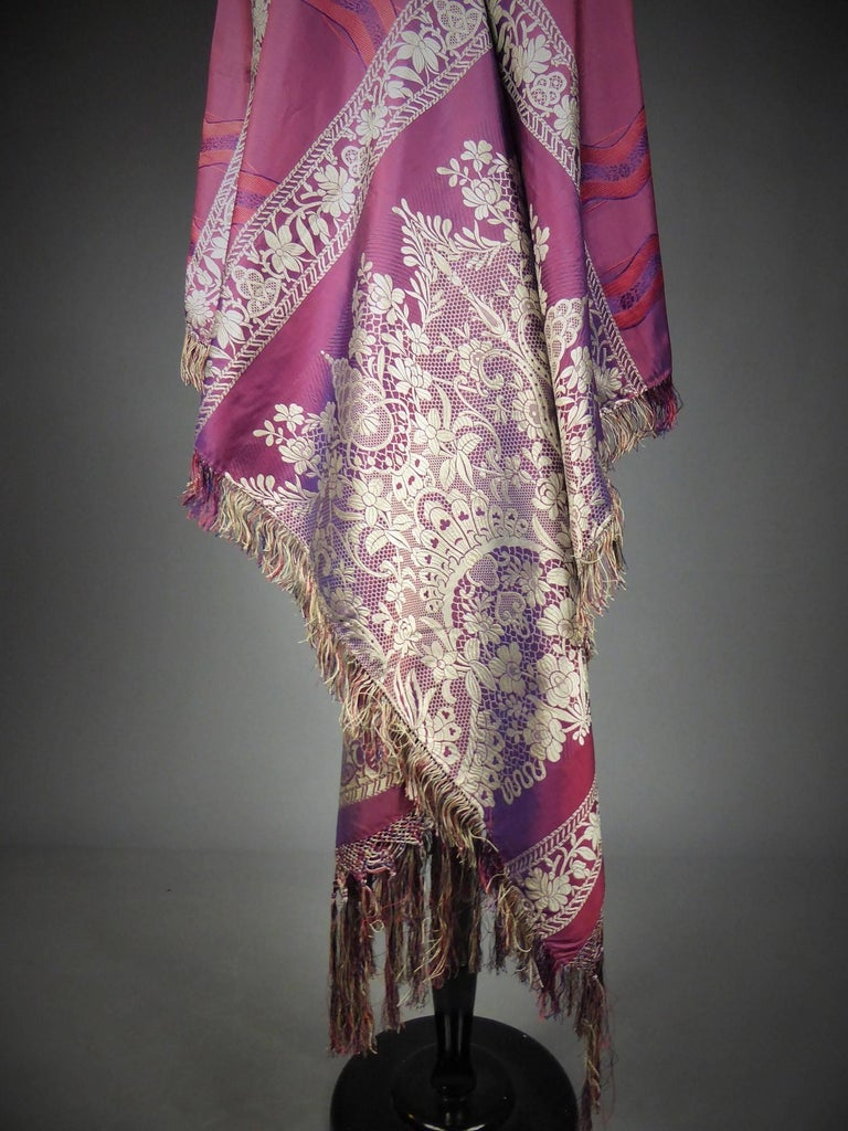 19th century Silk Stole With Lace design, Lyon France   For Sale 3