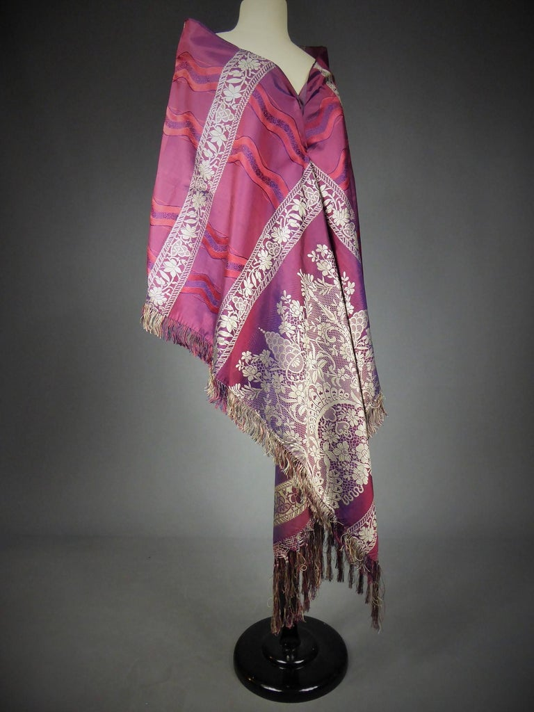 19th century Silk Stole With Lace design, Lyon France   For Sale 4