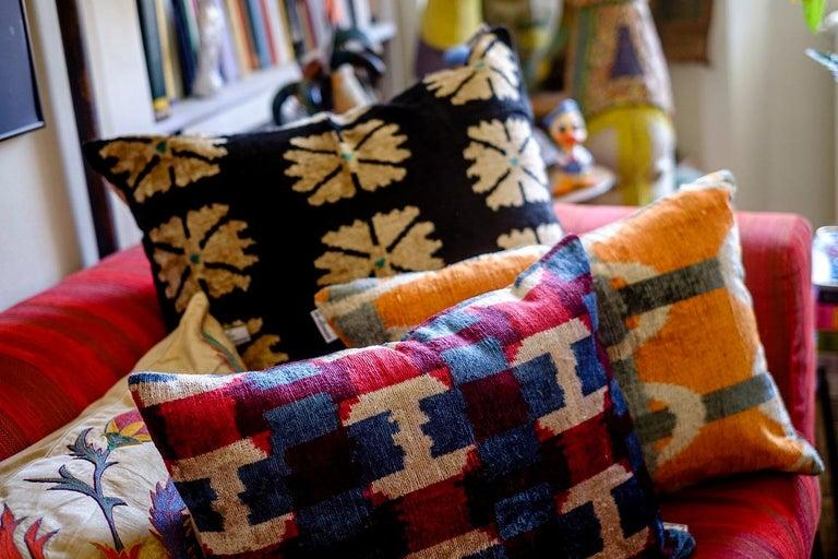 Italian Silk Velvet Cushion v100 For Sale