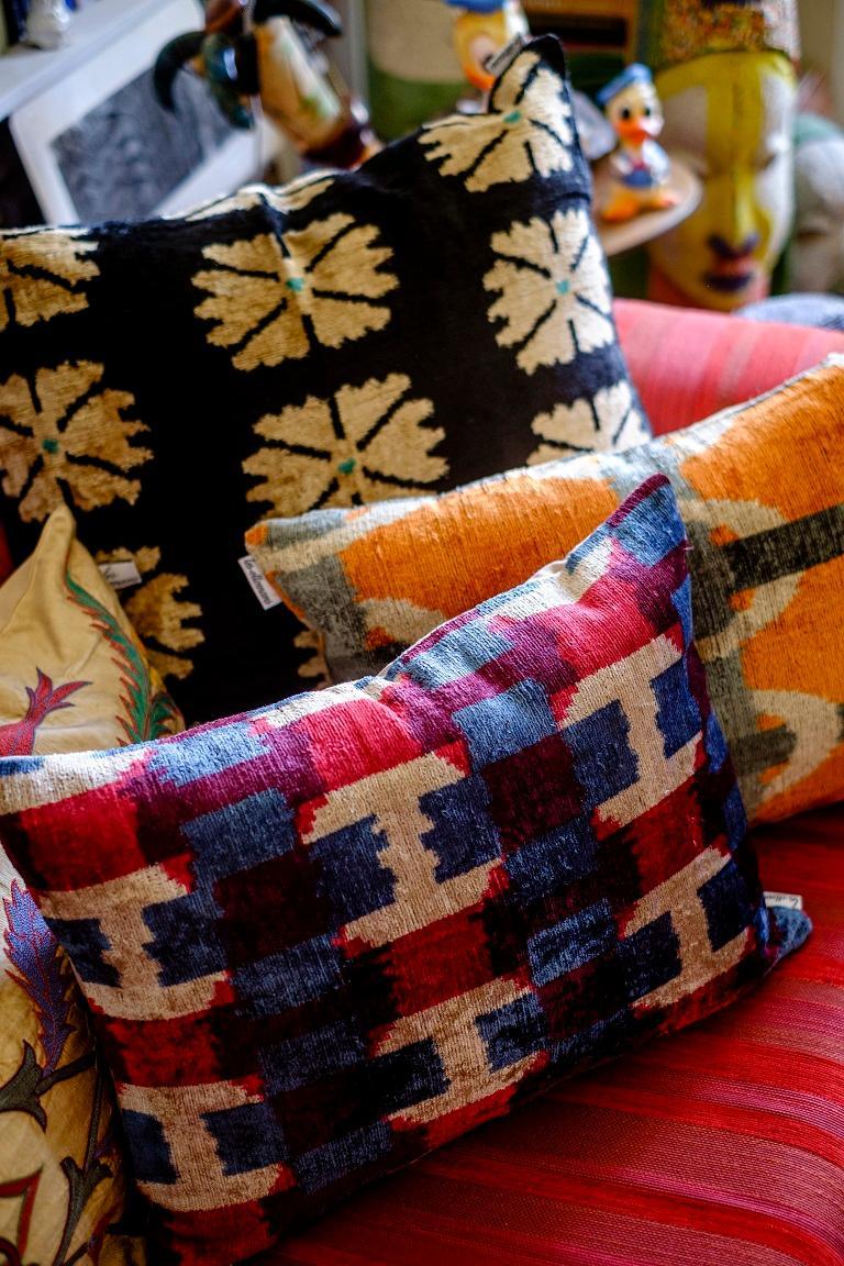 Silk Velvet Cushion v100 In New Condition For Sale In ROCCAVIVARA CB, IT