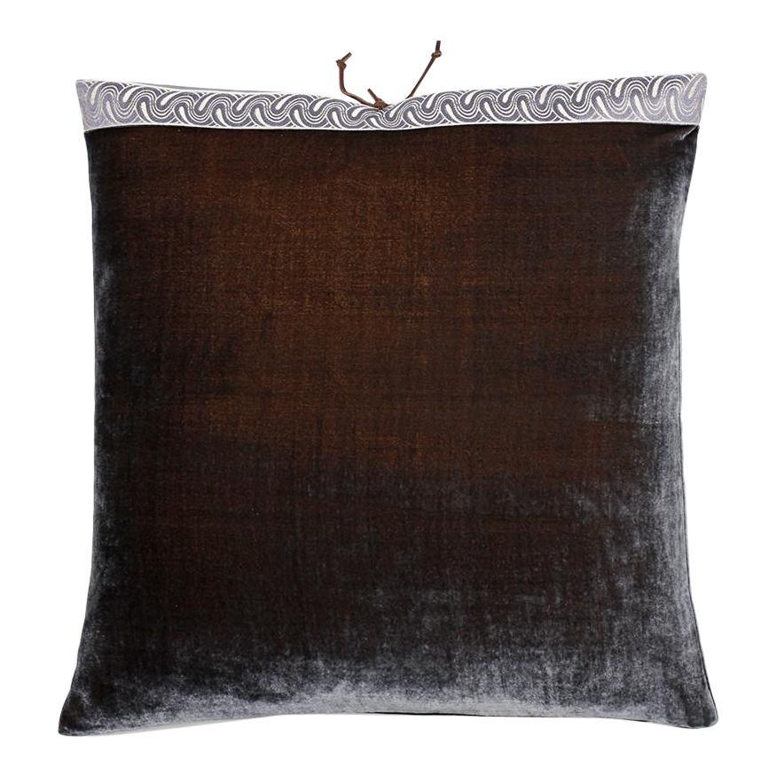 Silk Velvet Throw Pillow Moose