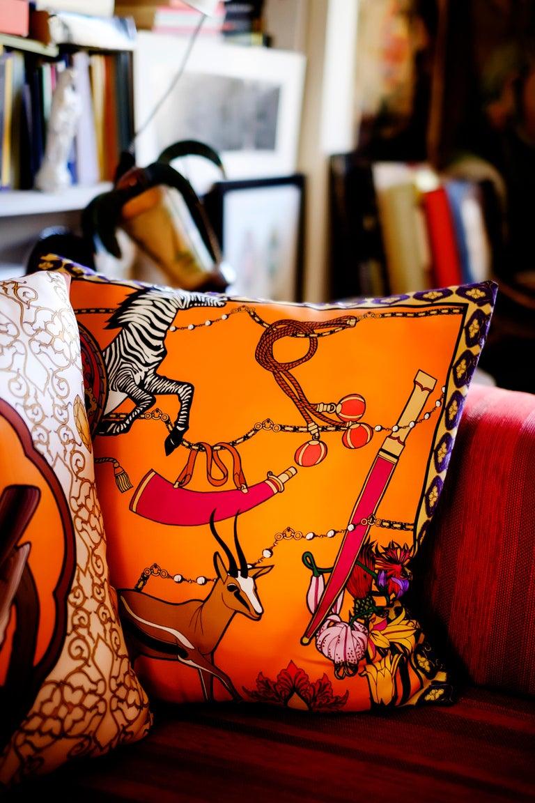Silk Zebra Arabesque Pillow In New Condition For Sale In ROCCAVIVARA CB, IT