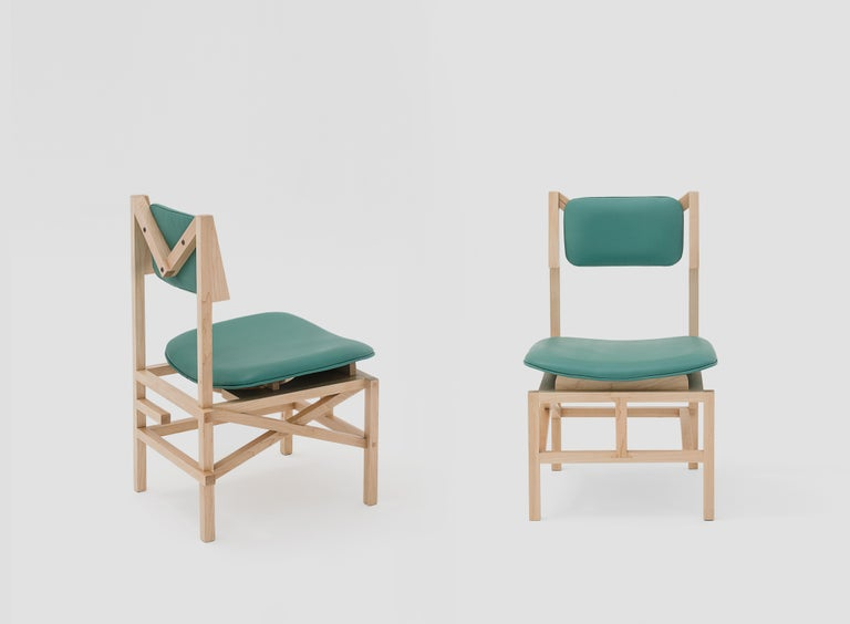 Contemporary Silla México Maple Dining Chair with Green Leather Upholstered Seats For Sale