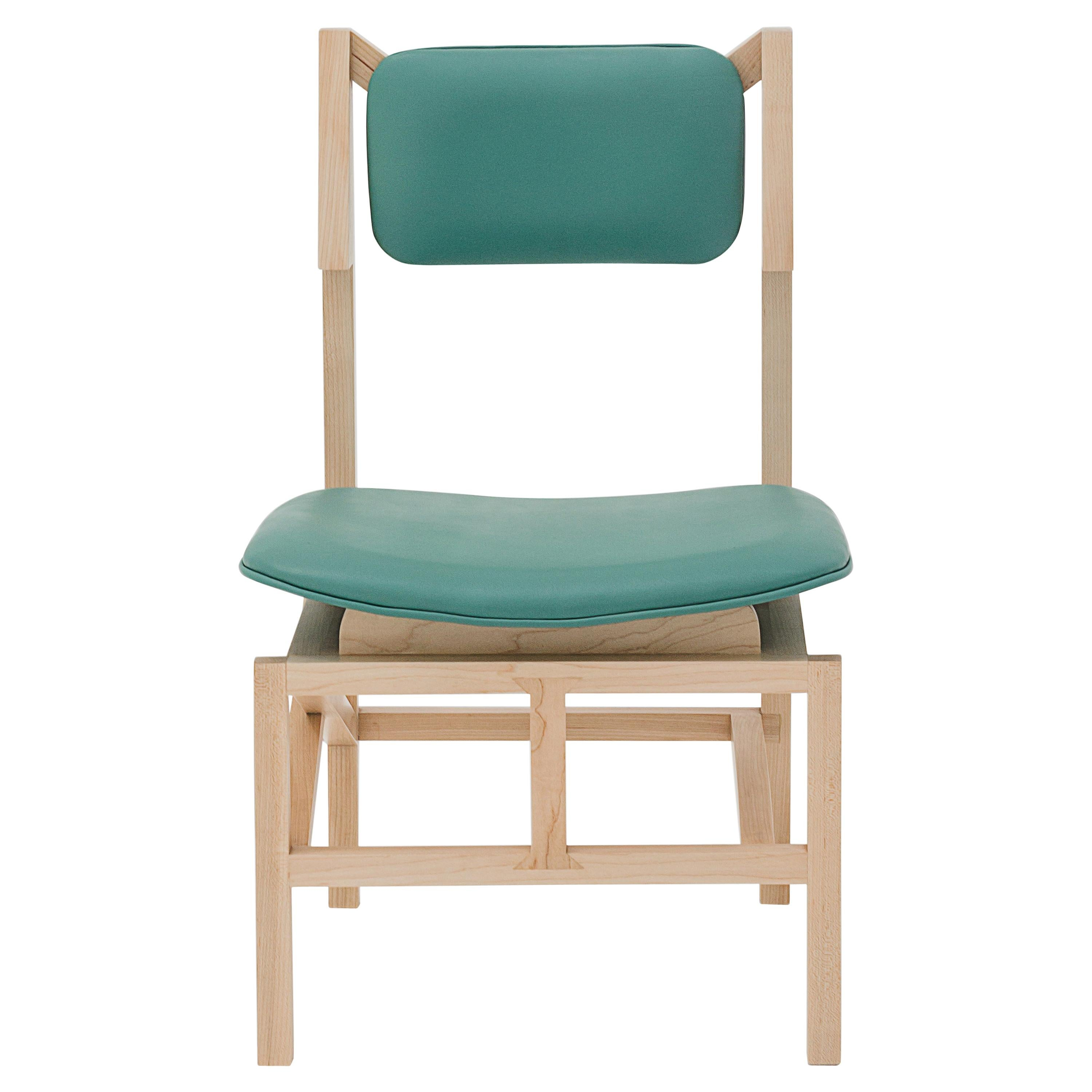 Silla México Maple Dining Chair with Green Leather Upholstered Seats