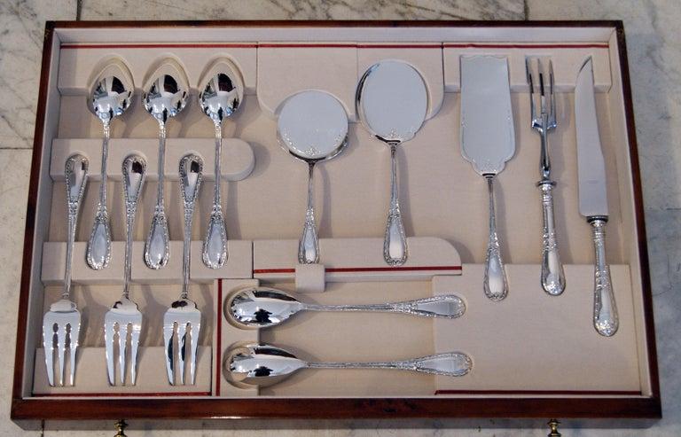 Silver 234-Pieces Cutlery Set 12 Persons Spain Orion Art Nouveau Cabinet ca.1900 For Sale 6