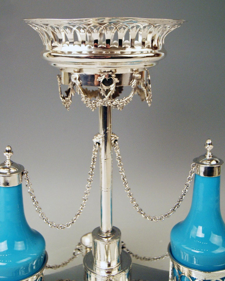 Silver Augsburg Empire Huilière Spice Set Master Johann Matthias Lang Made, 1802 In Good Condition For Sale In Vienna, AT