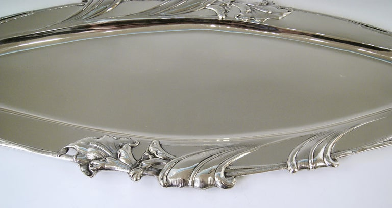 Austrian silver excellent serving platter vienna Art Nouveau / made circa 1900-1905  Excellently made finest oblong silver Art Nouveau serving platter of gorgeous appearance. The platter's middle area has smooth surface / its edge is decorated