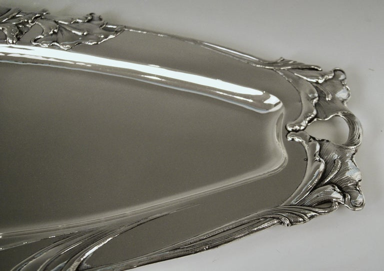 Silver Austrian Art Nouveau Serving Platter Length Viennna, circa 1900 In Excellent Condition For Sale In Vienna, AT