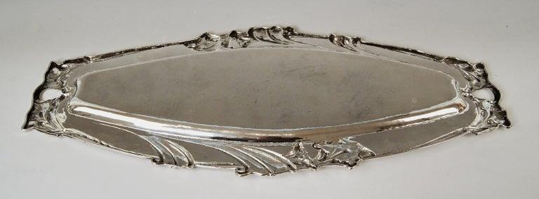 Silver Austrian Art Nouveau Serving Platter Length Viennna, circa 1900 For Sale 1