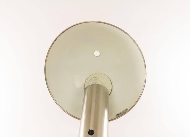 Late 20th Century Silver Colored Vaga Table Lamp by Franco Mirenzi for Valenti, 1970s For Sale