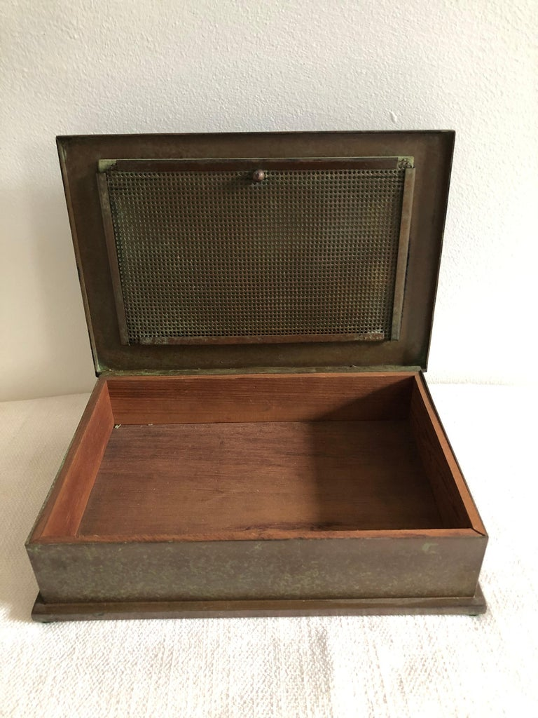Silver Crest Men's Humidor Box Bronze and Sterling In Good Condition For Sale In Westport, CT