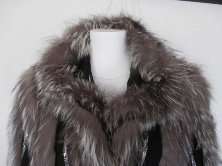 Silver Fox Fur jacket  In Good Condition For Sale In Amsterdam, NL