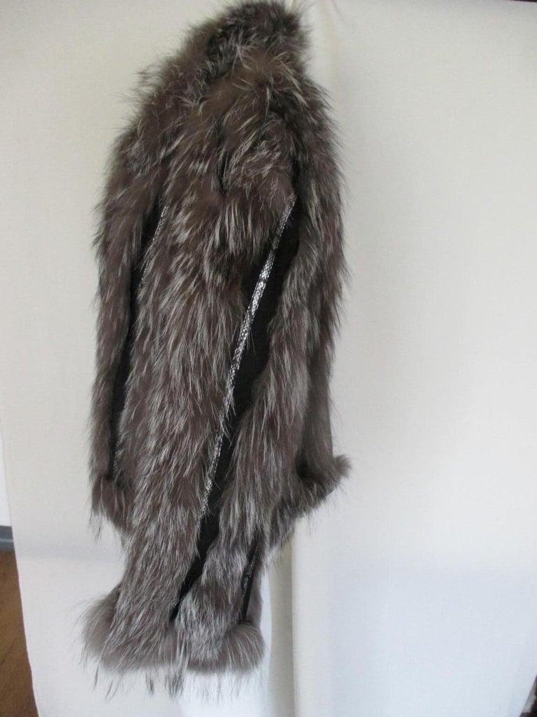 Women's or Men's Silver Fox Fur jacket  For Sale