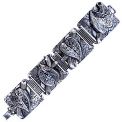 Silver Hearts Retro Bracelet
