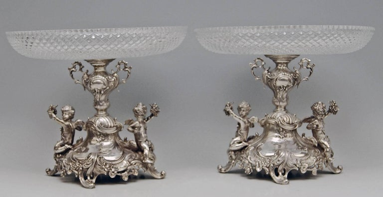 Silver Historicism Pair of Centrepieces by Bruckmann and Sons, Germany In Excellent Condition For Sale In Vienna, AT