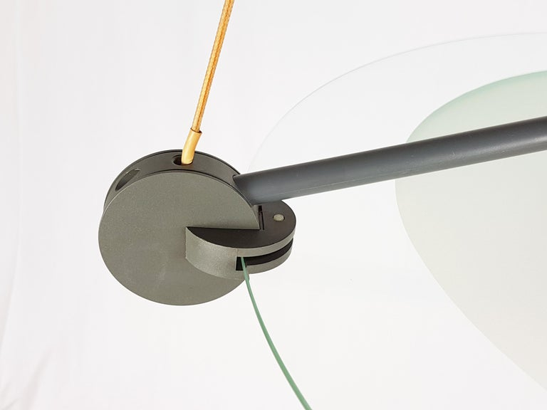 Silver Metal and Sandblasted Glass 1985 Cyclos Pendant by De Lucchi for Artemide For Sale 3