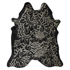 Silver Metallic Boho Batik Pattern Black Cowhide Rug, Large