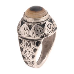 Silver and Niello Agate Persian 19th Century Amulet Ring
