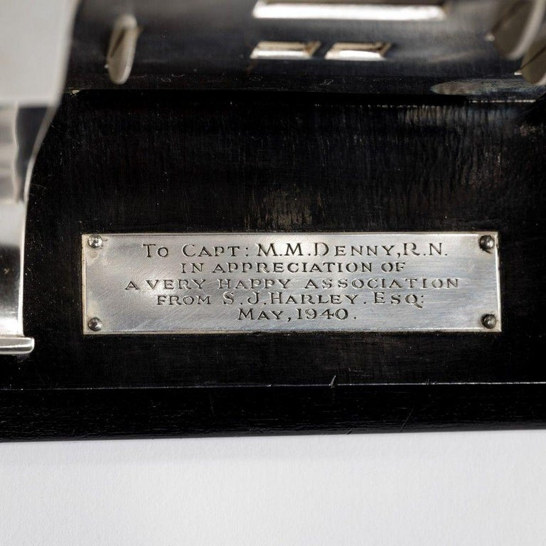 Silver Novelty Perpetual Desk Calendar and Clock In Good Condition In Lymington, Hampshire