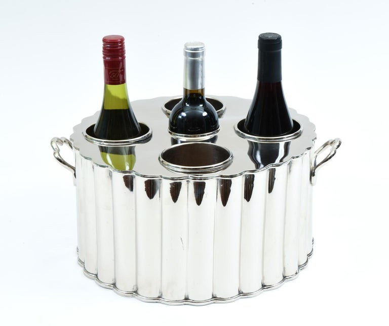 Mid-20th Century Silver Plate Barware / Tableware Four Bottles Holder with Handles For Sale