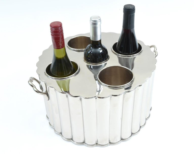 Silver Plate Barware / Tableware Four Bottles Holder with Handles For Sale 2