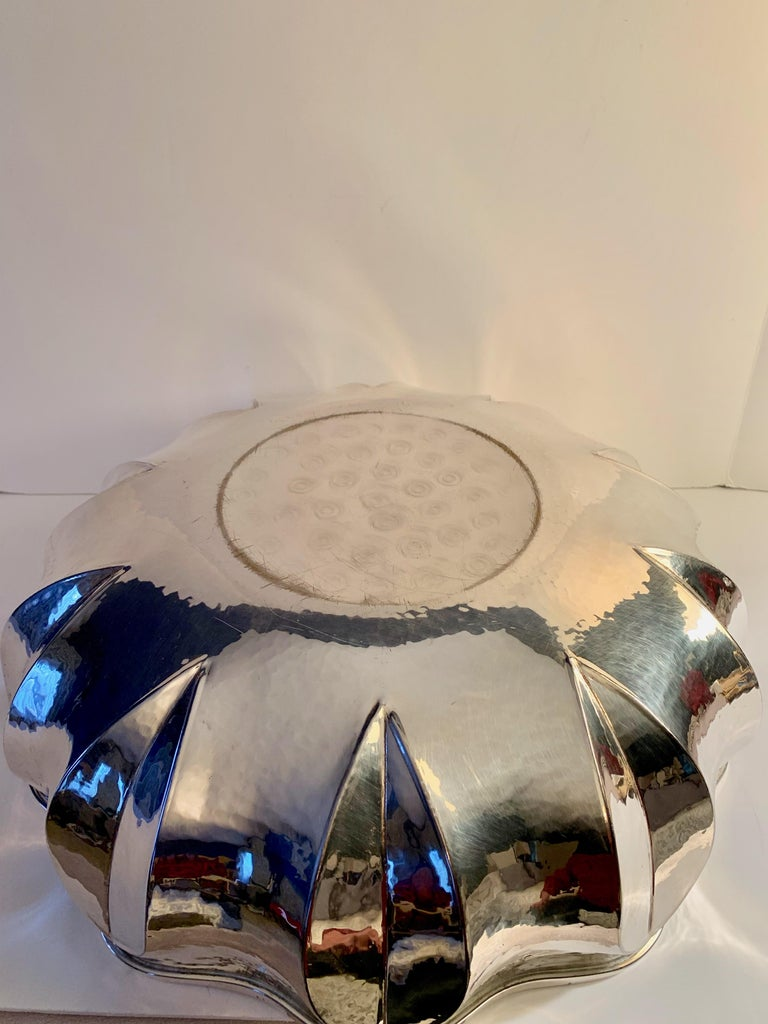 Silver Plate Center Piece Bowl For Sale 2