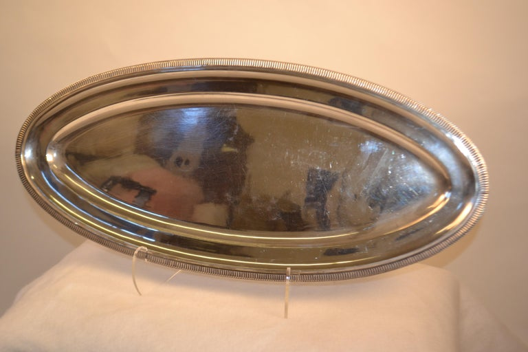 Silver Plated Oval Serving Tray In Fair Condition For Sale In Vista, CA